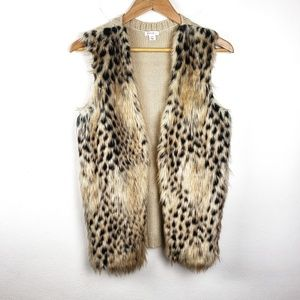 Xhilaration | Faux Fur Tan Animal Print Knit Vest